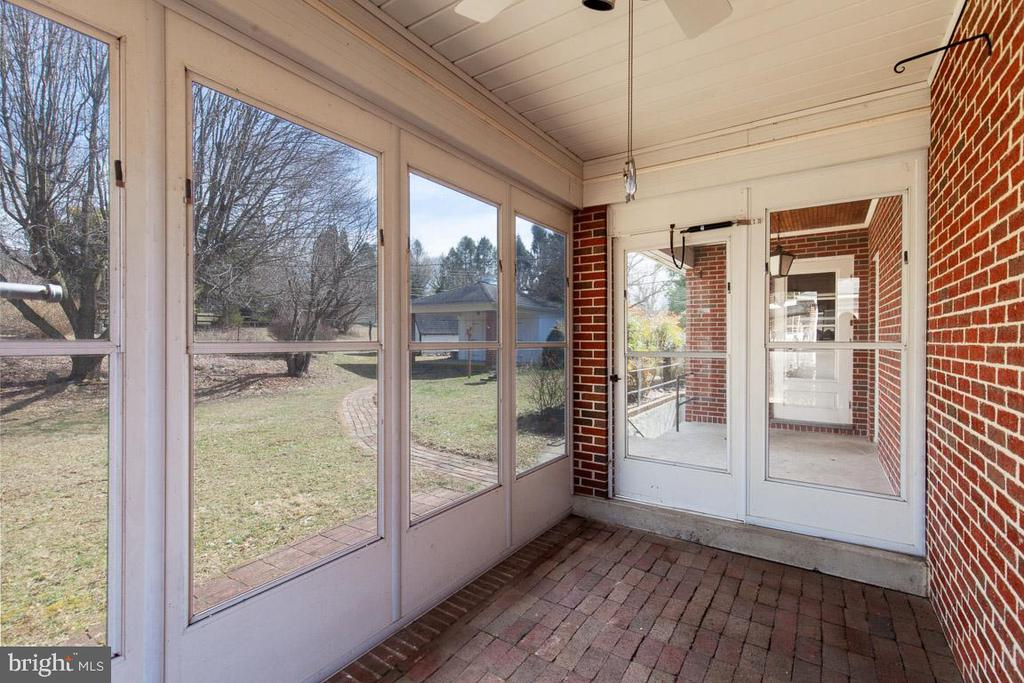 Glass windows in cold weather/ screens in summer - 11723 ROBINWOOD DR, HAGERSTOWN