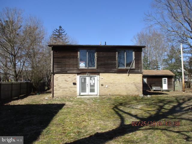 Частный односемейный дом для того Продажа на 125 LIVERPOOL Egg Harbor City, Нью-Джерси 08215 Соединенные ШтатыВ/Около: Egg Harbor City