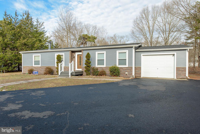 Частный односемейный дом для того Продажа на 1375 WHITE OAK Circle Egg Harbor City, Нью-Джерси 08215 Соединенные Штаты