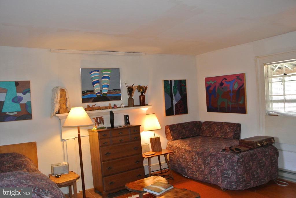 Living Room -Den - 3494 SLATE MILLS RD, SPERRYVILLE