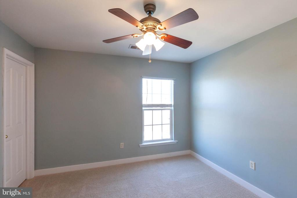 BDRM #3 -  NEW CARPET THROUGH OUT upper level - 18218 ROCKLAND DR, HAGERSTOWN