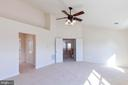 Master BDRM - cute shelf area & ceiling fan - 18218 ROCKLAND DR, HAGERSTOWN