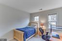 Home has spacious bedrooms with good light - 4800 JENNICHELLE CT, FAIRFAX