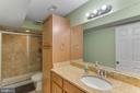 Newly finished full bath on lower level - 4800 JENNICHELLE CT, FAIRFAX