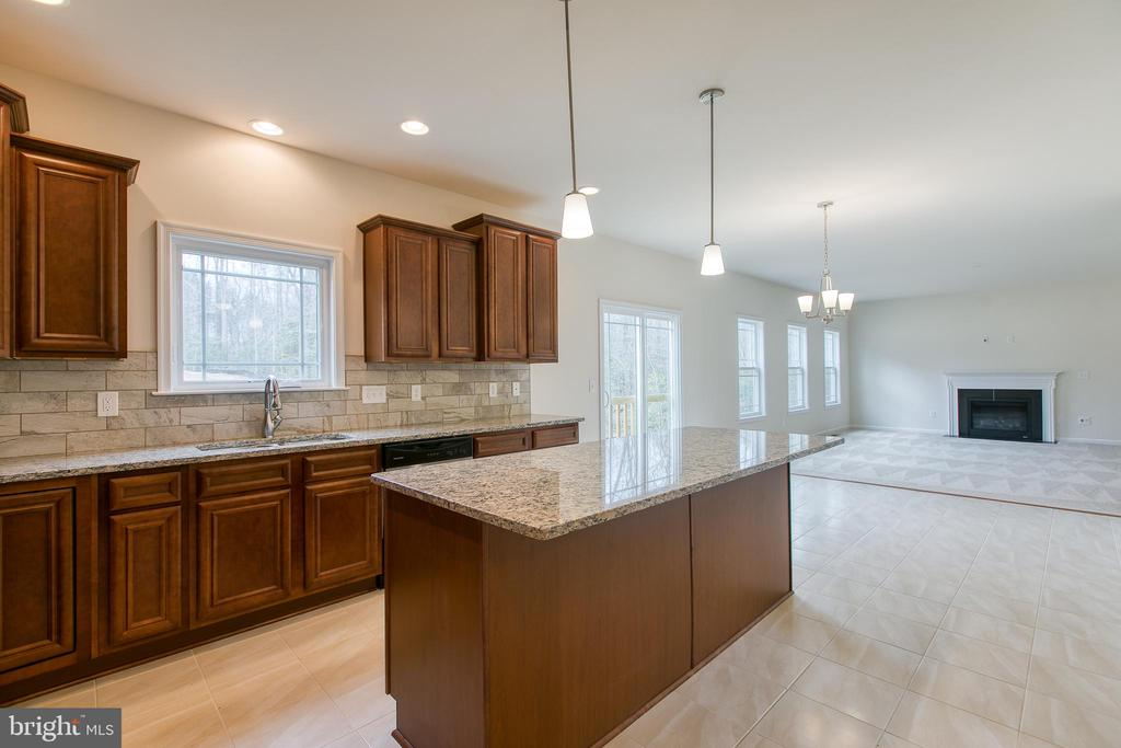 Natural light, connects indoor space with outdoor - 241 MOUNT HOPE CHURCH RD, STAFFORD