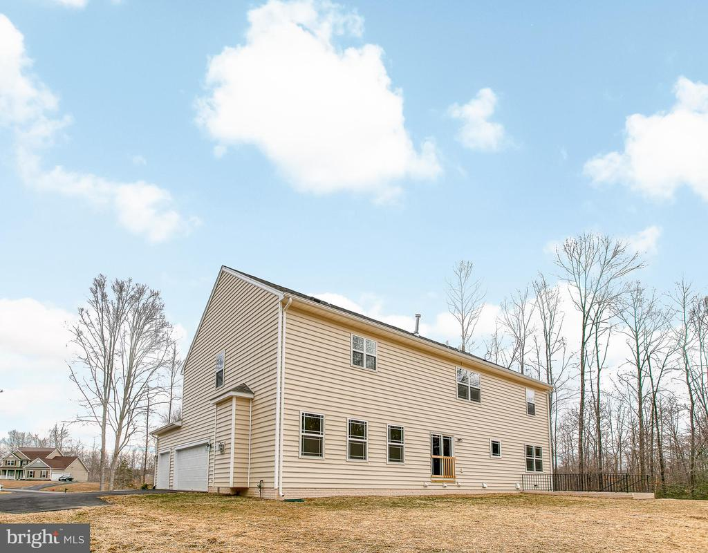- 241 MOUNT HOPE CHURCH RD, STAFFORD