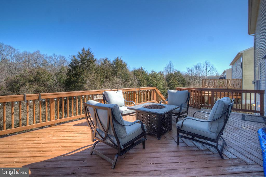 Large Rear Deck - 38 RIPLEY RD, STAFFORD