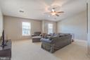 Upper Level Family Room - 38 RIPLEY RD, STAFFORD