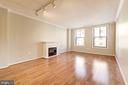 Flexible floor plan allows for dining + relaxing - 616 E ST NW #822, WASHINGTON