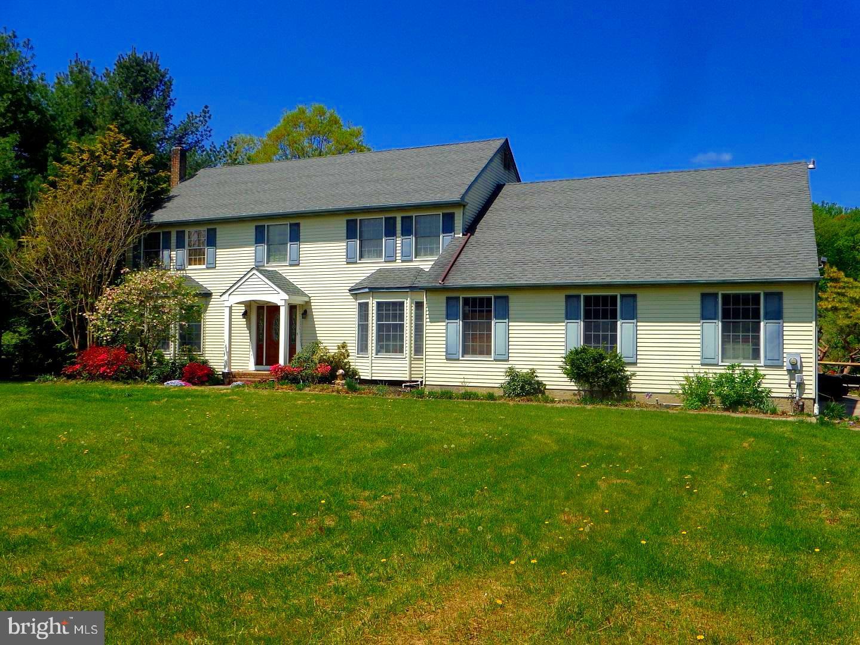 Villa per Vendita alle ore 513 SHARP Drive Mickleton, New Jersey 08056 Stati Uniti
