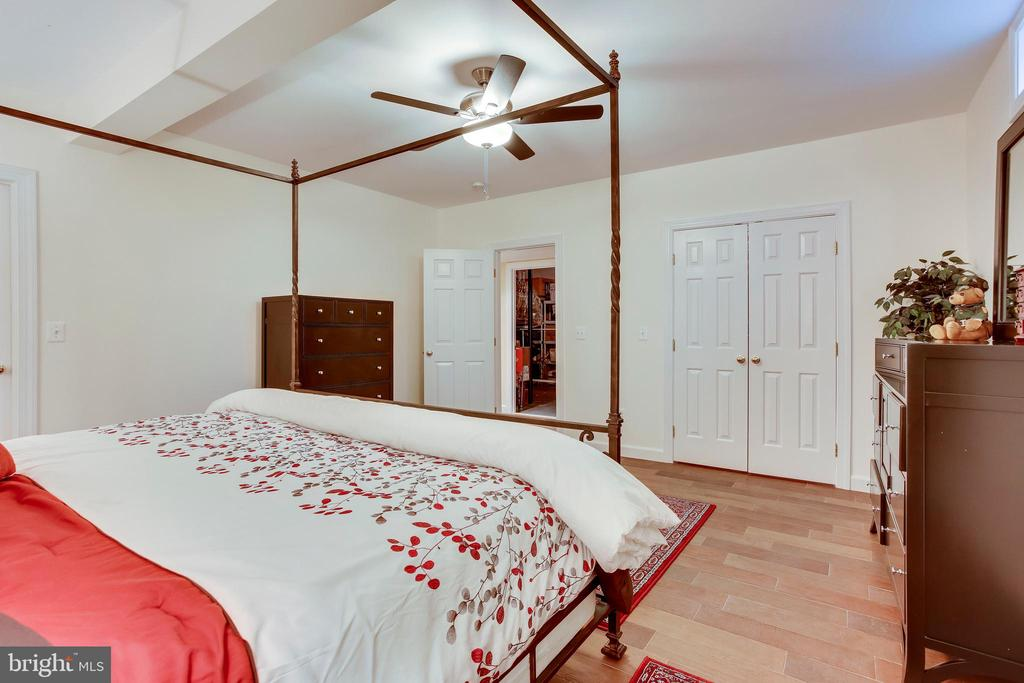 Lower Level Bedroom - 11580 CEDAR CHASE RD, HERNDON