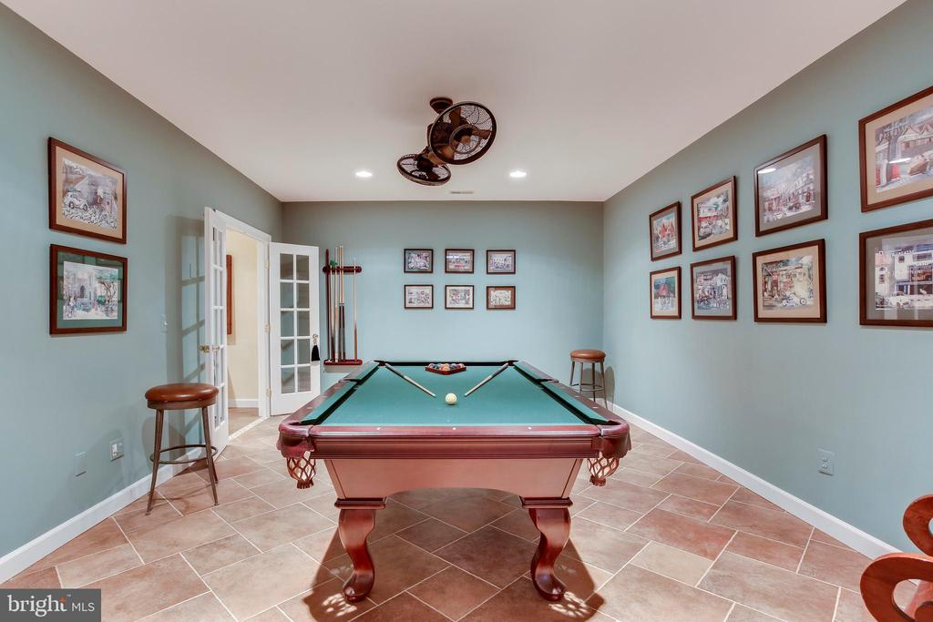 Game room - 11580 CEDAR CHASE RD, HERNDON