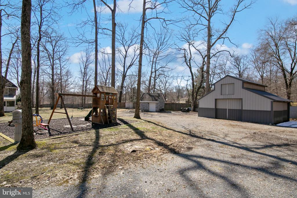 VIEW TO PLAY AREA - 13450 REED RD, THURMONT
