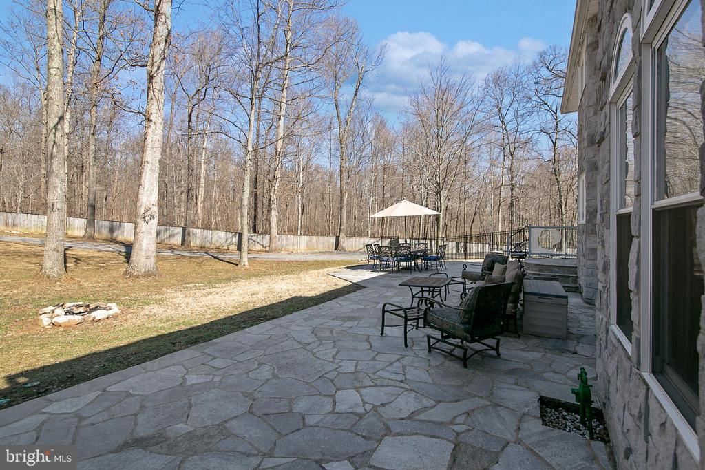 TERRACE FROM SUN ROOM - 13450 REED RD, THURMONT