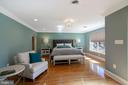 MASTER SUITE WITH HARDWOOD FLOORS AND LARGE WINDOW - 13450 REED RD, THURMONT