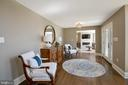 FOYER SITTING AREA - 13450 REED RD, THURMONT