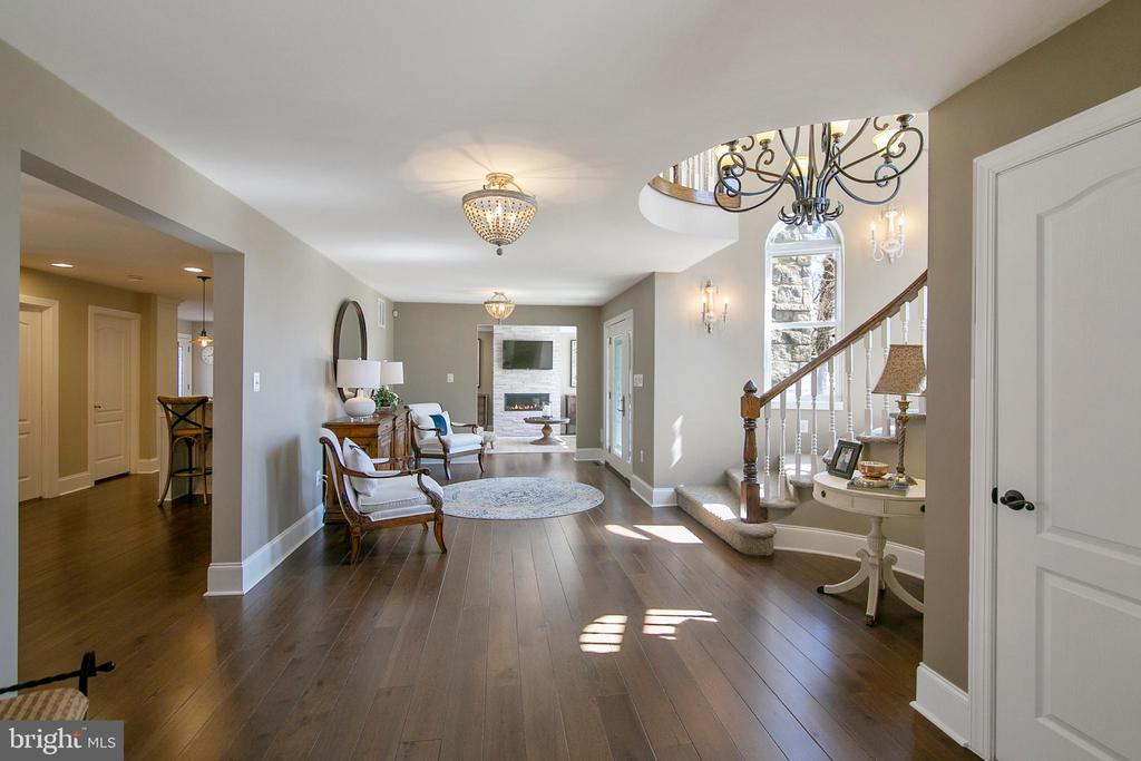VIEW FROM FOYER TO KITCHEN AND FAMILY ROOMS - 13450 REED RD, THURMONT