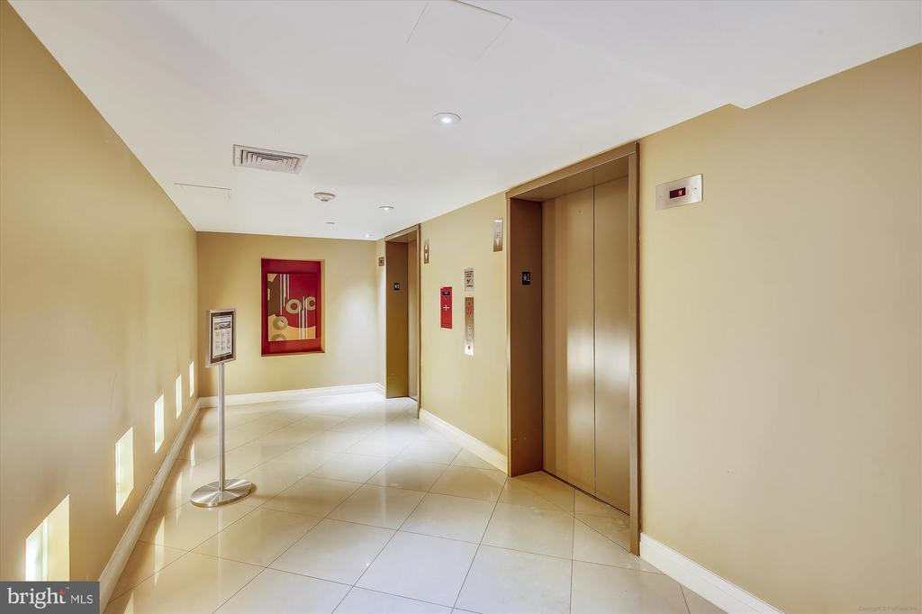 Multiple Elevators - 915 E ST NW #705, WASHINGTON