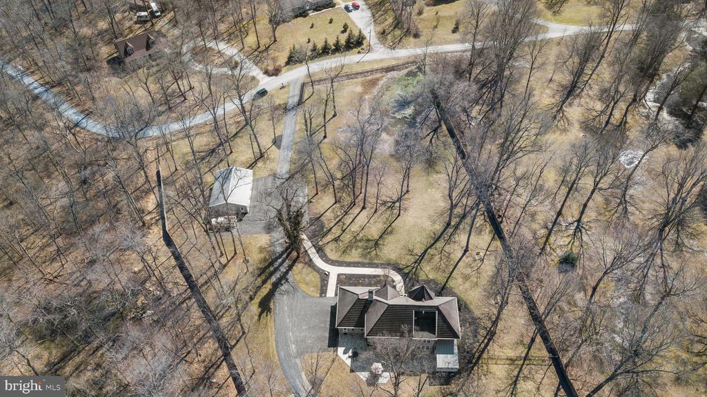 HOUSE IN CENTER, 3 CAR SHOP TOP LEFT - 13450 REED RD, THURMONT