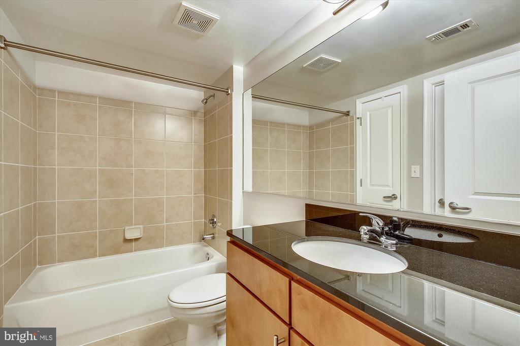 Second Master Bathroom (Jack and Jill) - 915 E ST NW #705, WASHINGTON