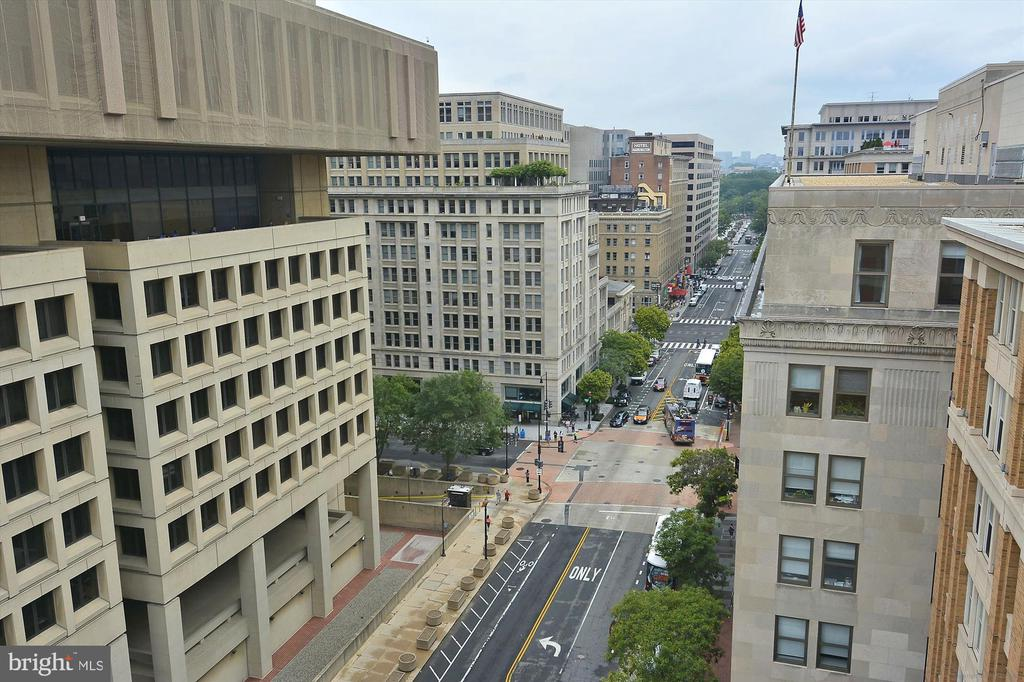 Rooftop View of City - 915 E ST NW #705, WASHINGTON
