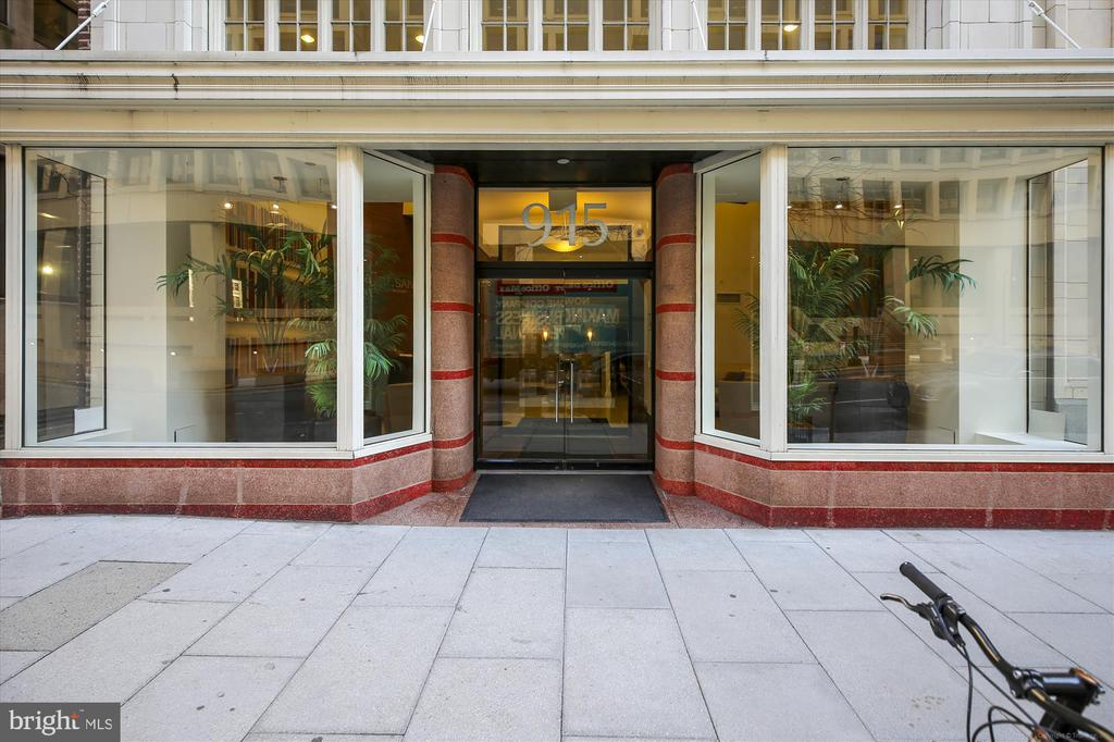 Artisan Front Entrance - 915 E ST NW #705, WASHINGTON