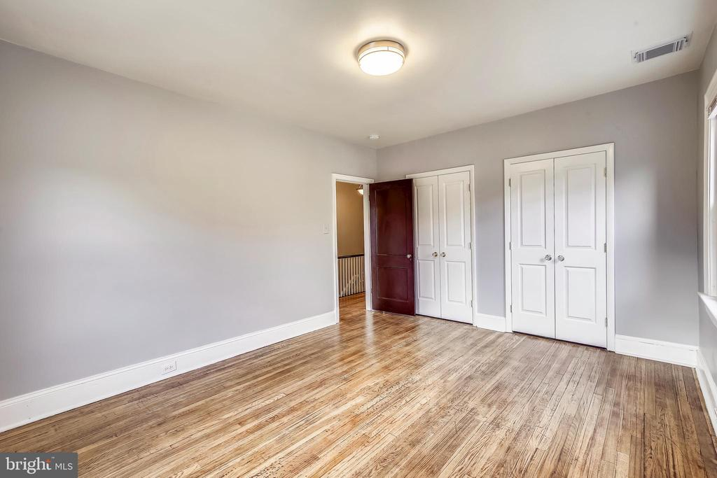 Big 2nd floor bedroom with double closets. - 4314 13TH PL NE, WASHINGTON