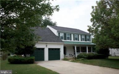 Photo of home for sale at 10805 Boysenberry Court, Waldorf MD