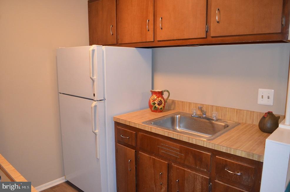 Kitchen - 4917 AMERICANA DR #E, ANNANDALE