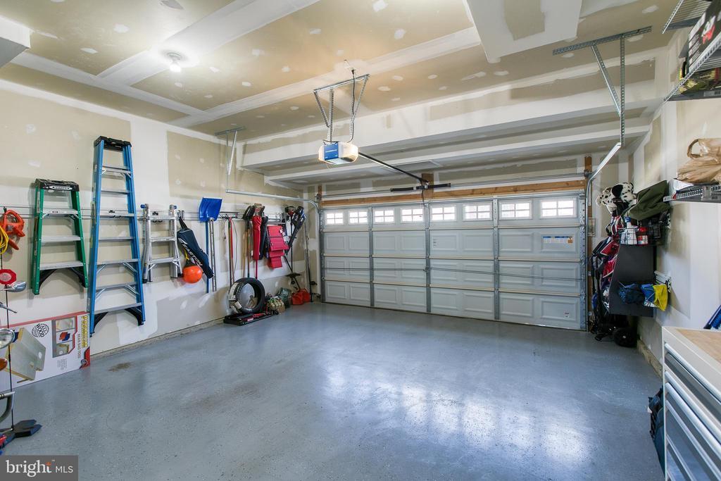 Garage clean and tidy - 21 TANKARD RD, STAFFORD