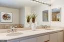 Master Bathroom - 5610 WISCONSIN AVE #804, CHEVY CHASE