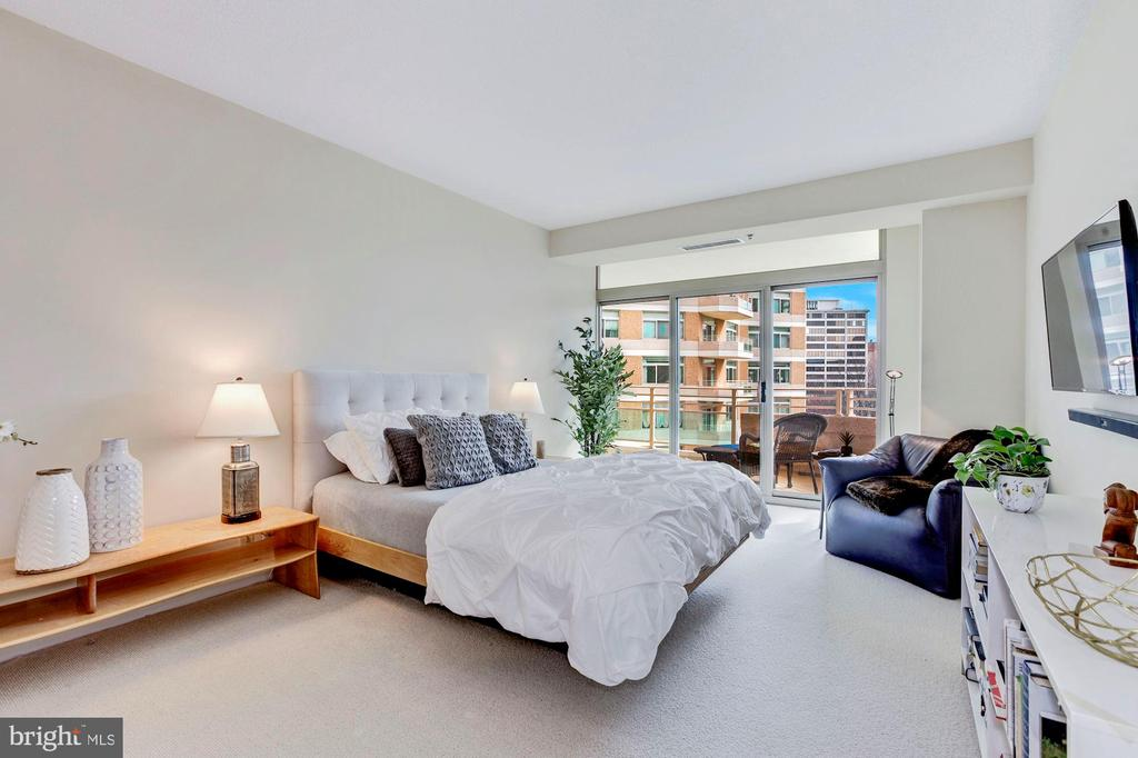 Master Bedroom opens to Terrace - 5610 WISCONSIN AVE #804, CHEVY CHASE