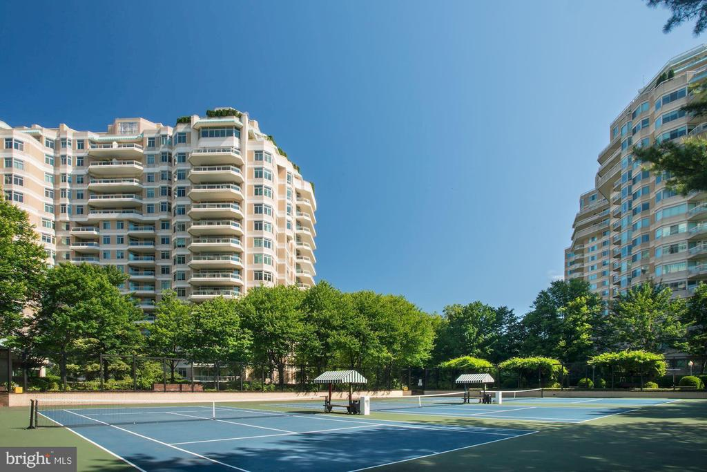 Somerset Tennis Courts - 5610 WISCONSIN AVE #804, CHEVY CHASE