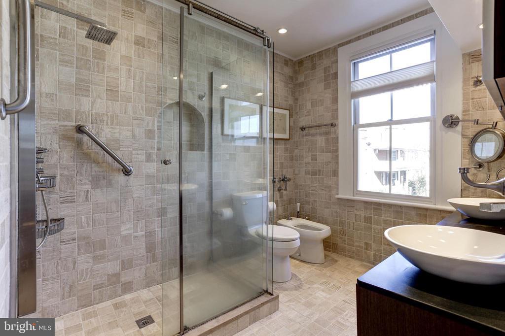 Master Bath - 1408 35TH ST NW, WASHINGTON