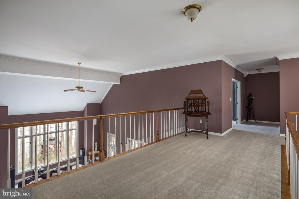 Upper level Bridge - 4551 SUNSHINE CT, WOODBRIDGE