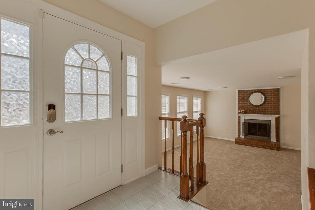 Foyer leads to family room - 14513 CARONA DR, SILVER SPRING