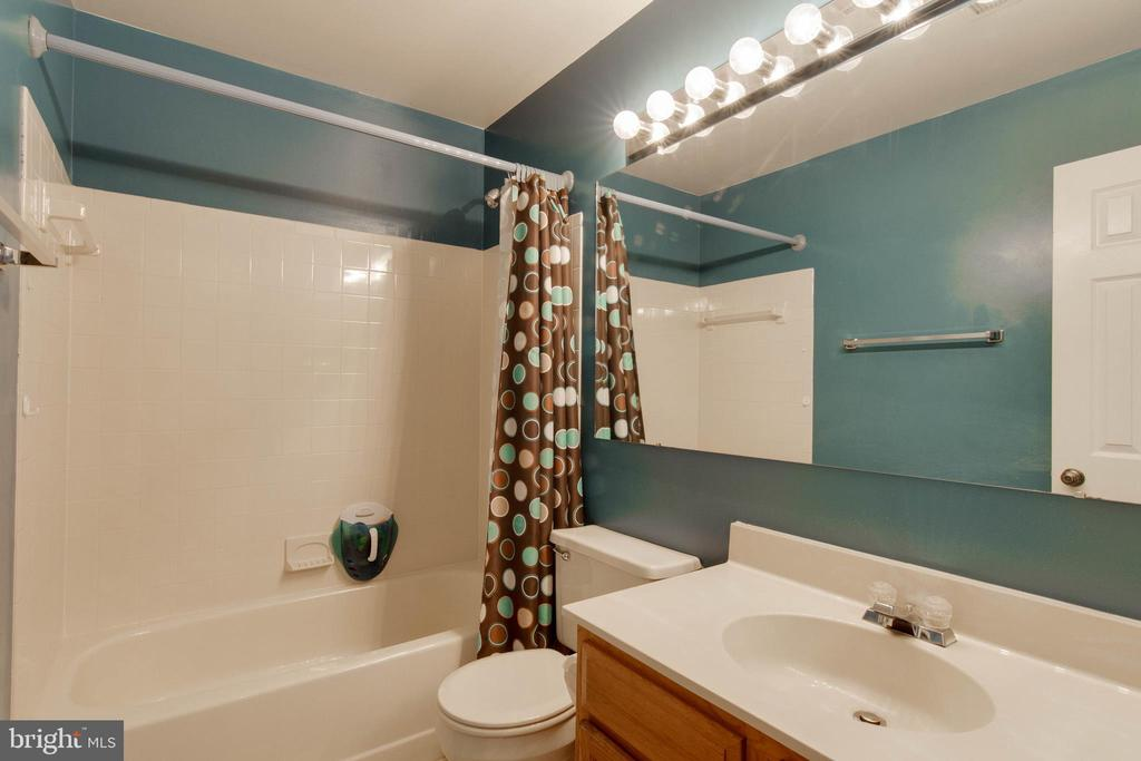 Second Bathroom - 12302 WADSWORTH WAY #12, WOODBRIDGE
