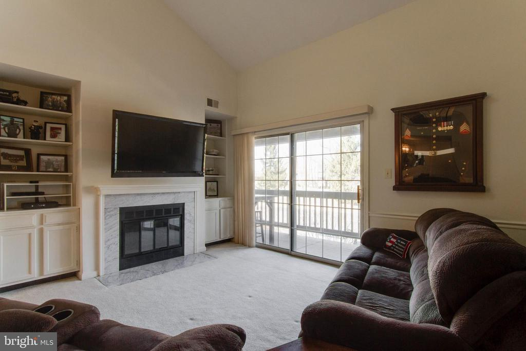 Living Room has a fireplace - 12302 WADSWORTH WAY #12, WOODBRIDGE