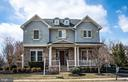 Front of home. - 21883 KNOB HILL PL, ASHBURN