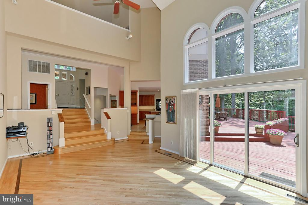 Family room open  to huge private deck - 12709 MILL GLEN CT, CLIFTON