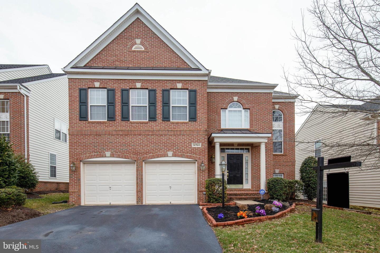 Single Family for Sale at 14764 Keavy Ridge Ct Haymarket, Virginia 20169 United States