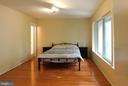 Master Bedroom with Anderson Picture Windows - 2047 CHADDS FORD DR, RESTON