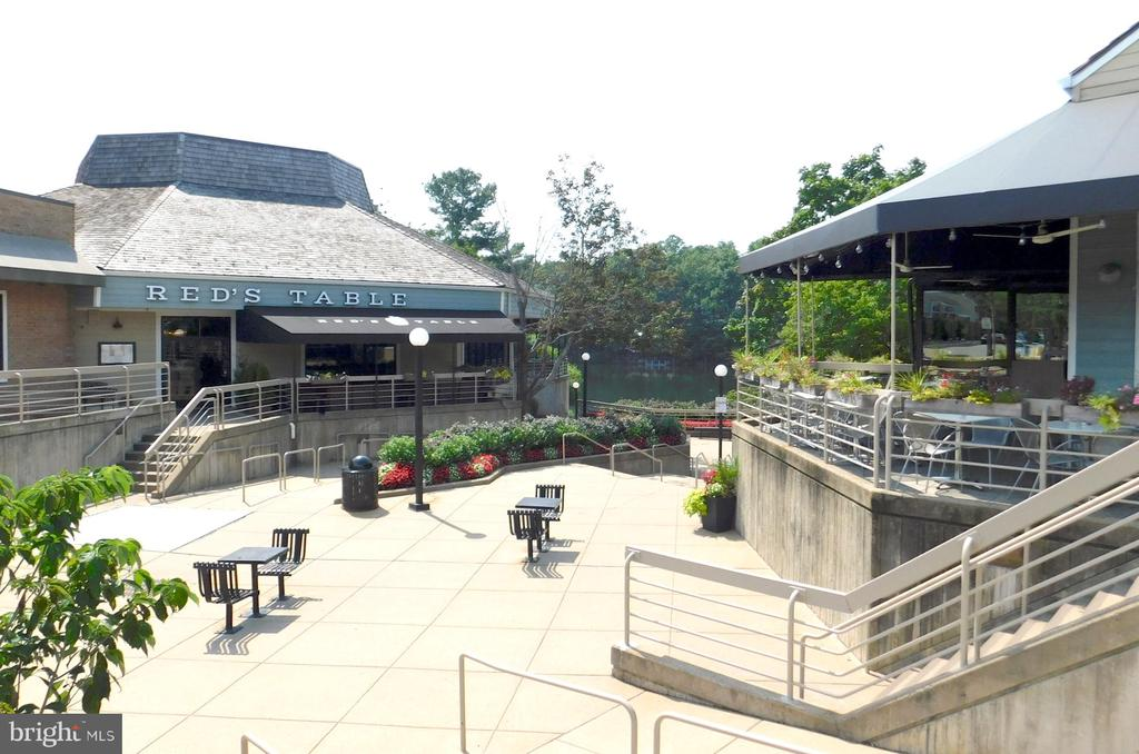 Dining by the Lake - 2047 CHADDS FORD DR, RESTON