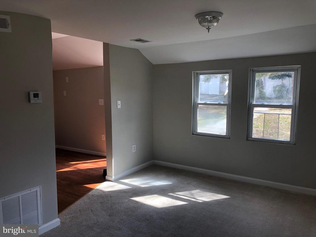 GUEST HOUSE INTERIOR - 5400 DOLE ST, CAPITOL HEIGHTS