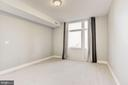 - 8220 CRESTWOOD HEIGHTS DR #712, MCLEAN