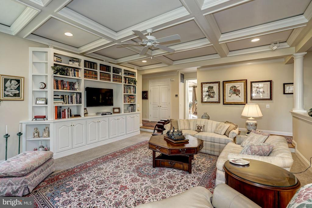 Family Room with built-ins and coffered ceiling - 3150 ARIANA DR, OAKTON