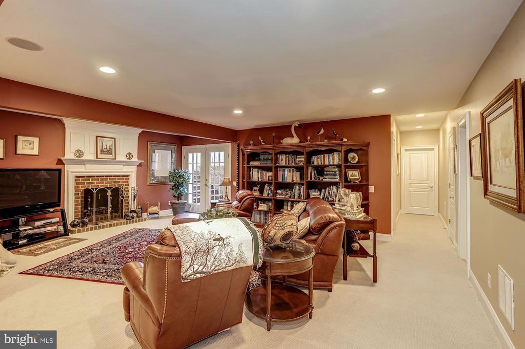 Spacious Basement with wood fireplace - 3150 ARIANA DR, OAKTON