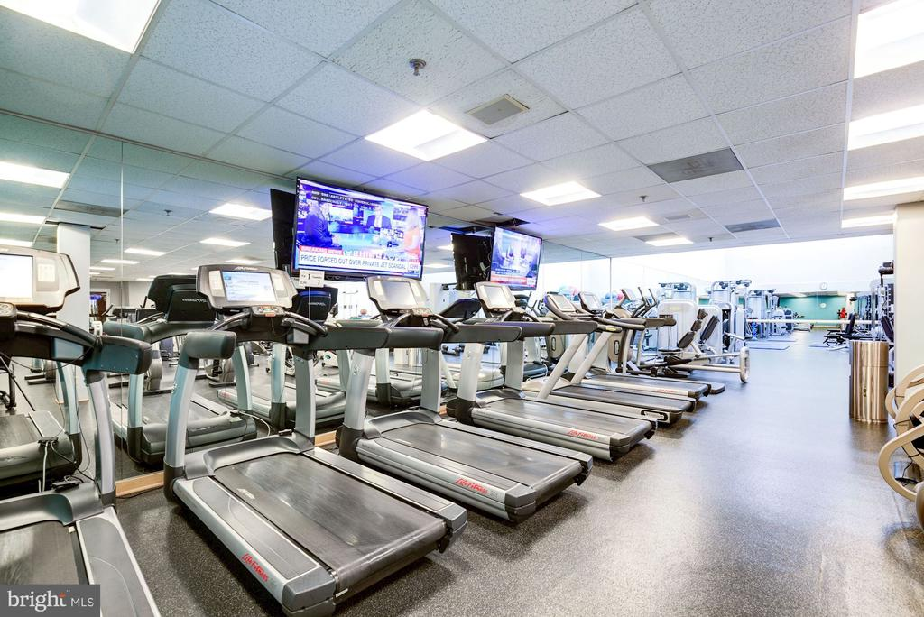 Fitness Center - 5630 WISCONSIN AVE #202, CHEVY CHASE