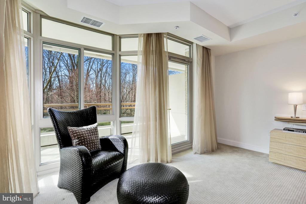 Master Bedroom - 5630 WISCONSIN AVE #202, CHEVY CHASE