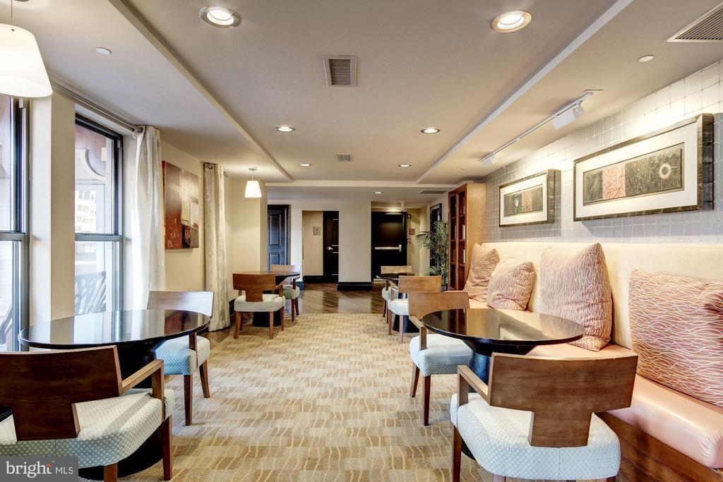 Building Lounge - 777 7TH ST NW #1120, WASHINGTON